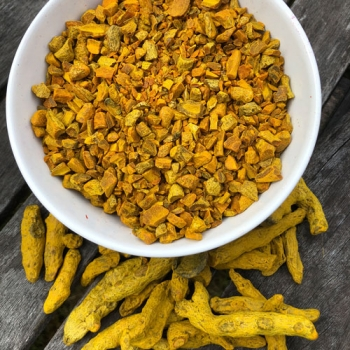 Turmeric for yellow dyes