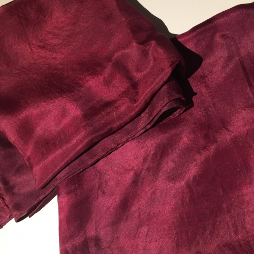Plantdyed silk bordaux